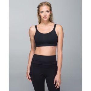 Lululemon Booby Bracer Sports Bra in Black